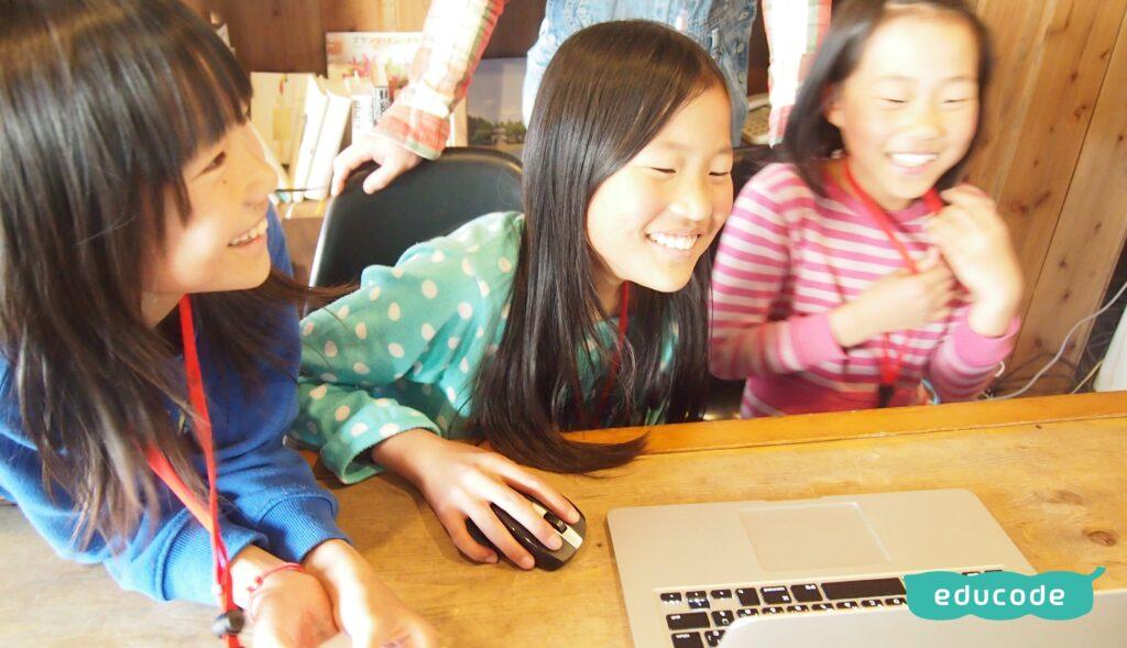 子供でも簡単にゲームが作れる!子供向けプログラミング言語スクラッチとは?